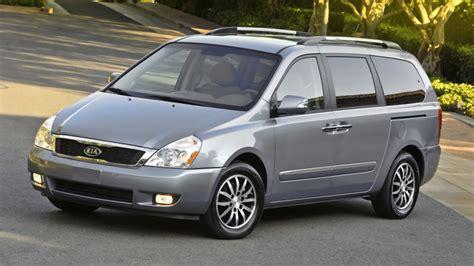 Kia Minivan Used by Kia Recalls 98 000 Sedona Minivans For Suspension