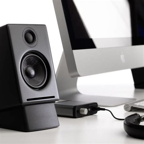 Small Desk Speakers 25 Best Ideas About Speaker Stands On