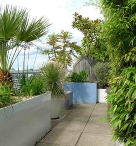 terrazas con jardin 50 ambientes perfectos para el el refugio perfecto ideas de cocinas al aire libre