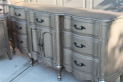 Metallic Paint For Furniture by Silver Furniture Most Talked About Finish Silver