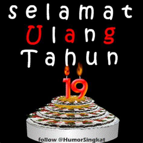 Lilin Ulang Tahunhappy Birthday Angka kue dan lilin ulang tahun ke 17 18 19 dan 20 display