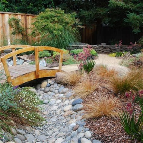 backyard dry river bed 89 best dry river bed ideas xeroscaping images on pinterest
