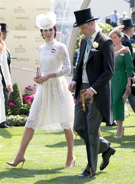 martinelli lade kate middleton al royal ascot con un look ispirato a