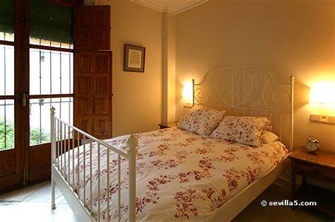 2 bedroom apartments santa cruz plaza santa cruz apartment b sevilla