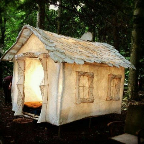 tent houses 20 wendy houses for the peter pan in you