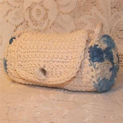 crochet overnight bag pattern ag duffle bag crochet pattern by cobbler s cabin crochet