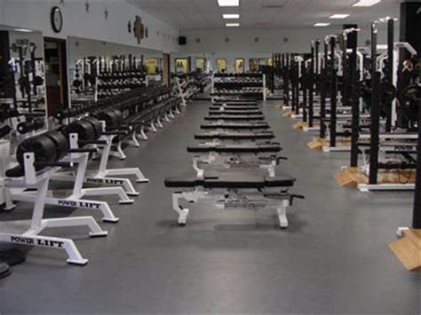 the weight room 3 lessons every entrepreneur can learn from the weight room under30ceo
