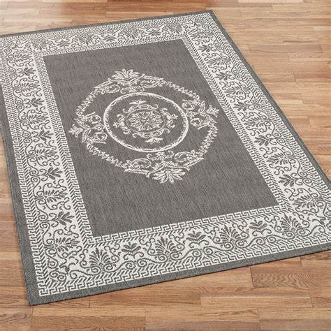 Medallion Outdoor Rug Antique Medallion Indoor Outdoor Area Rugs
