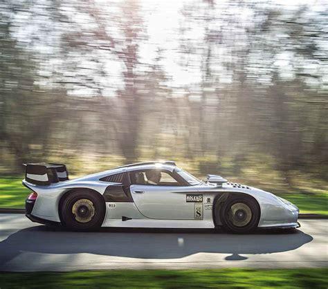 porsche 911 gt1 straãÿenversion 1997 porsche 911 gt1 road test drive