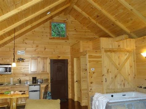 the front of the cabin picture of pine cove lodging