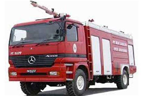 Mobil Pemadam Kebakaran 02 zainudin siapkan mobil damkar ke semua kecamatan harian