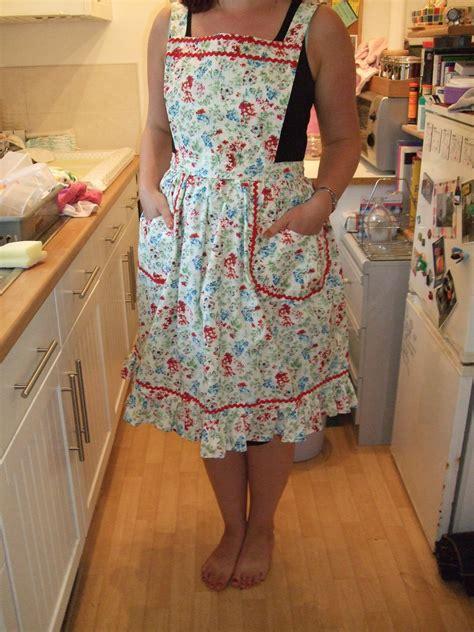 apron pattern making vintage apron sew seamly
