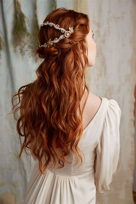 Wedding Hair Accessories For Haired Brides by 25 Best Ideas About On Cracky