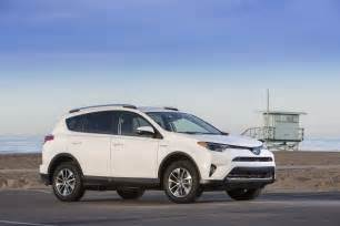Toyota Rva4 2016 Toyota Rav4 Hybrid Review And Rating Motor Trend