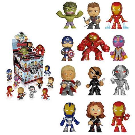 Avenger Figure Iron Ultron Dan mystery minis vinyl mini figure display box