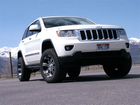 lifted jeep grand cherokee lifted 2012 jeep grand cherokee