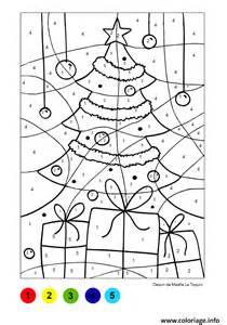 Coloriage Magique Sapin Et Cadeaux Noel Dessin