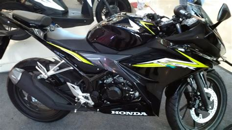 cbr 150r black price sekilas all new cbr 150r nitro black youtube