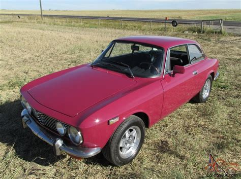 alfa romeo gtv 2 door coupe