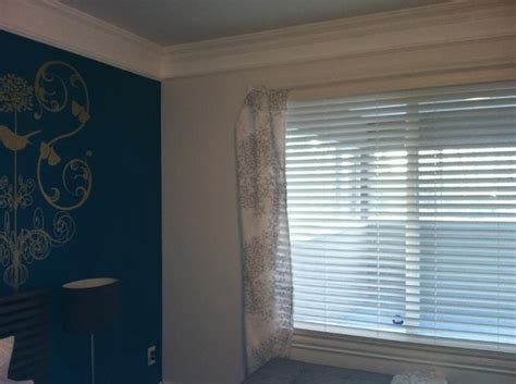teal feature wall bedroom bedrooms benjamin moore pacific ocean blue drapery