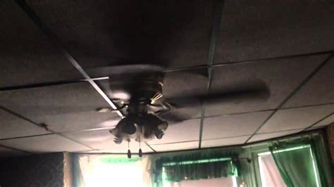 Ceiling Fan Broken by 52 Quot Lighting Hugger Ceiling Fan Broken Blade