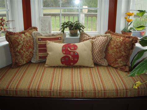 Bay Window Pillow by Boxed Cushion With Accent Pillows Terry S Designing Windows