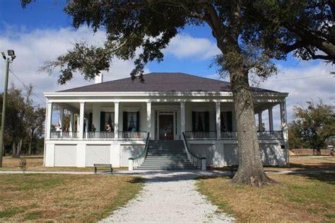 beauvoir home of jefferson davis president of the