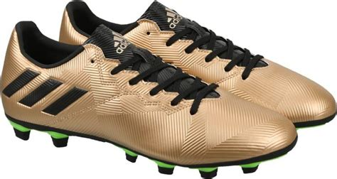 the best football shoes these are the best football shoes on flipkart playo