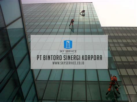 Gondola Pembersih Kaca jasa pembersih kaca gedung di jagakarsa jakarta selatan
