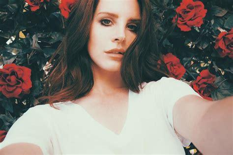 summertime sadness testo honeymoon nuova canzone testo e traduzione