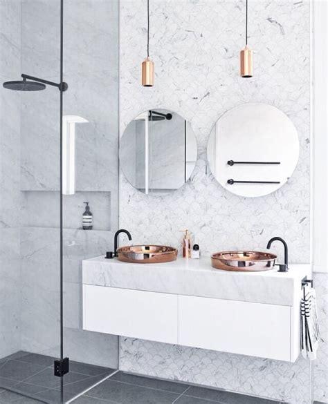 badezimmer vanity backsplash ideen unbelievably beautiful bathroom copper scalloped marble