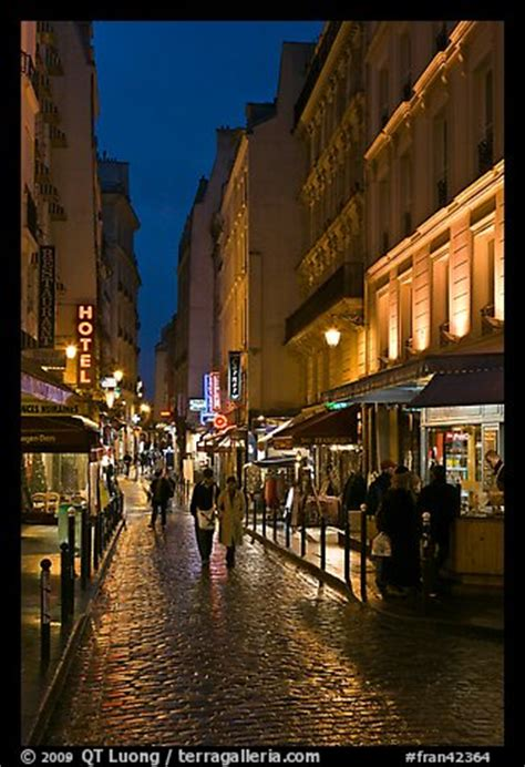 bateau mouche quartier latin picture photo pedestrian street with restaurants at night