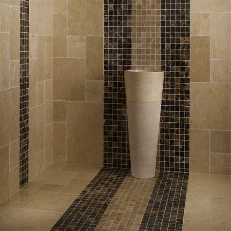 Incroyable Enlever Joint Salle De Bain #7: pierre-calcaire-beige-mur-et-sol-mosaique-marraon-et-beige_1.jpg