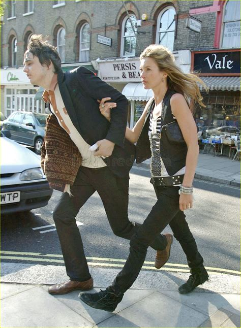 Kate Moss And Pete Doherty by Sized Photo Of Kate Moss Pete Doherty 01 Photo