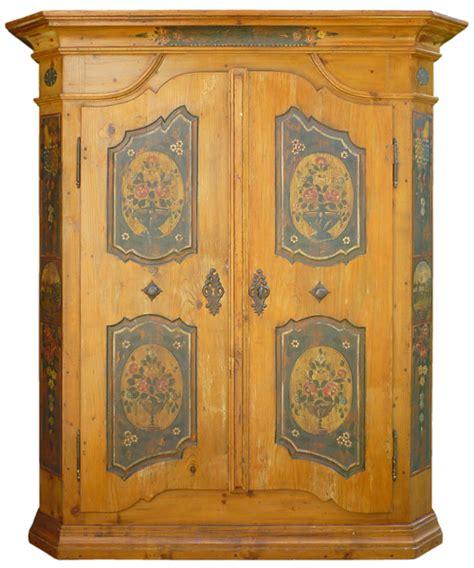 mobili tirolesi dipinti armadio tirolese in legno di abete dipinto floreale