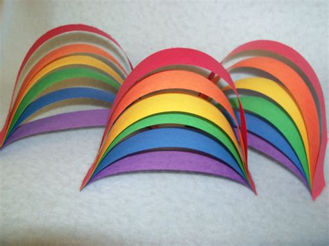 Cool Construction Paper Crafts - easy paper rainbow craft librerin