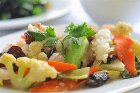 Kembang Tahu Cap Selera 100 Gr capcay dengan topping sayuran yang menyehatkan