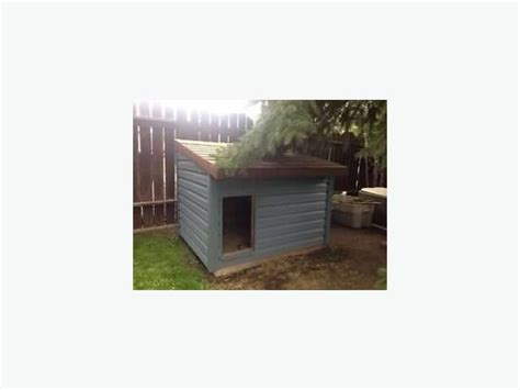 heat l dog house dog house with heating l as new rural regina regina