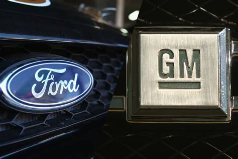 Gm Ford by Stock Market Showdown Ford Versus Gm Investing Us News