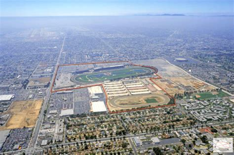 Green Building Homes hollywood park racetrack to be redeveloped into an eco