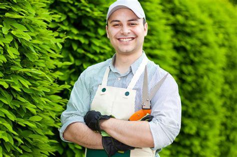 il giardiniere come diventare esperto in giardinaggio