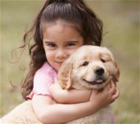 perros con personas razas de perros para ni 241 os al 233 rgicos