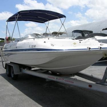 deck boat yamaha 04 hurricane outboard deck boat 201 gs with yamaha 150
