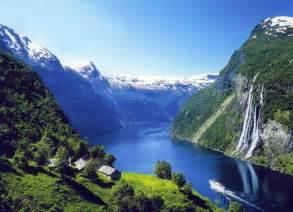 beautiful mountain houses 14 most beautiful mountain towns in europe digitourist