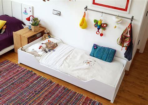 cama montessori 191 por qu 233 los ni 241 os deber 237 an dormir en camas montessori