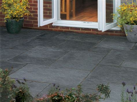 Bradstone Patio Slabs by 17 Best Ideas About Paving Slabs On Garden