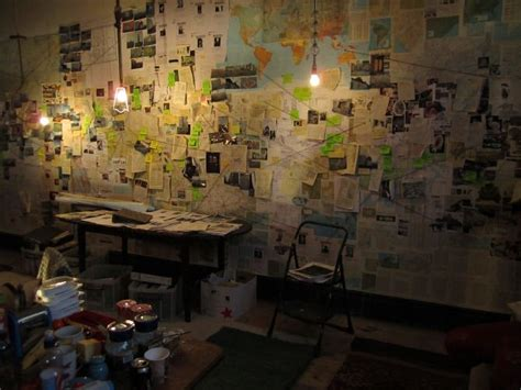 conspiracy room 25 best ideas about newspaper wall on book flowers newspaper flowers and recycled