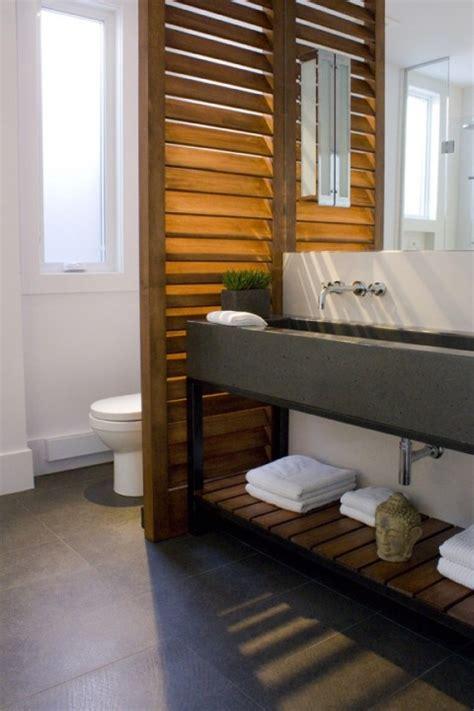 Meuble Salle De Bain Moderne 794 by 4 Solutions Pour S 233 Parer Les Toilettes Dans Une Salle De Bain