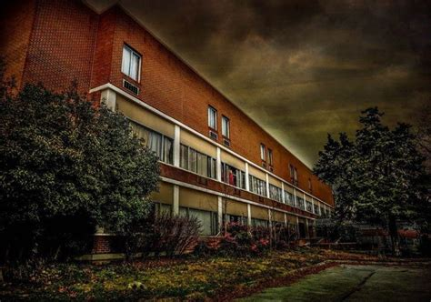 haunted houses murfreesboro tn old south pittsburg hospital when a ghost follows you home america s most haunted