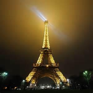 eiffelturm beleuchtung pin eiffelturm beleuchtung on